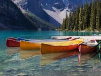 photodune-467202-canoes-on-moraine-lake-m-1-980×1155